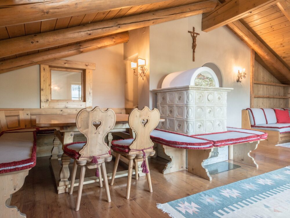 Foto 1 Mansarda tre camere in località Alverà a Cortina d'Ampezzo (Rif.…