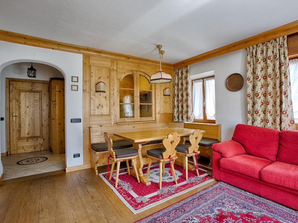 Cortina d'Ampezzo - Zuel di Sotto Foto Piano terra due camere in località Zuel a Cortina d'Ampezzo…