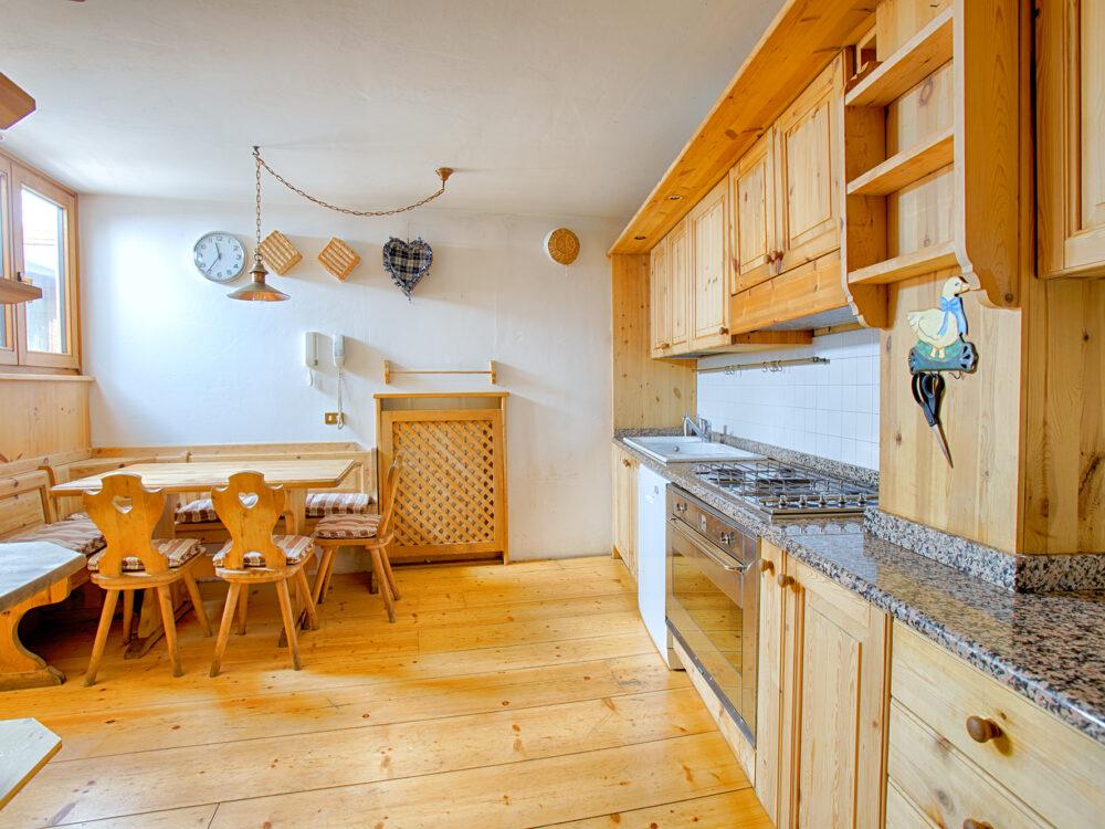 Foto 2 Piano terra due camere in località Zuel a Cortina d'Ampezzo…