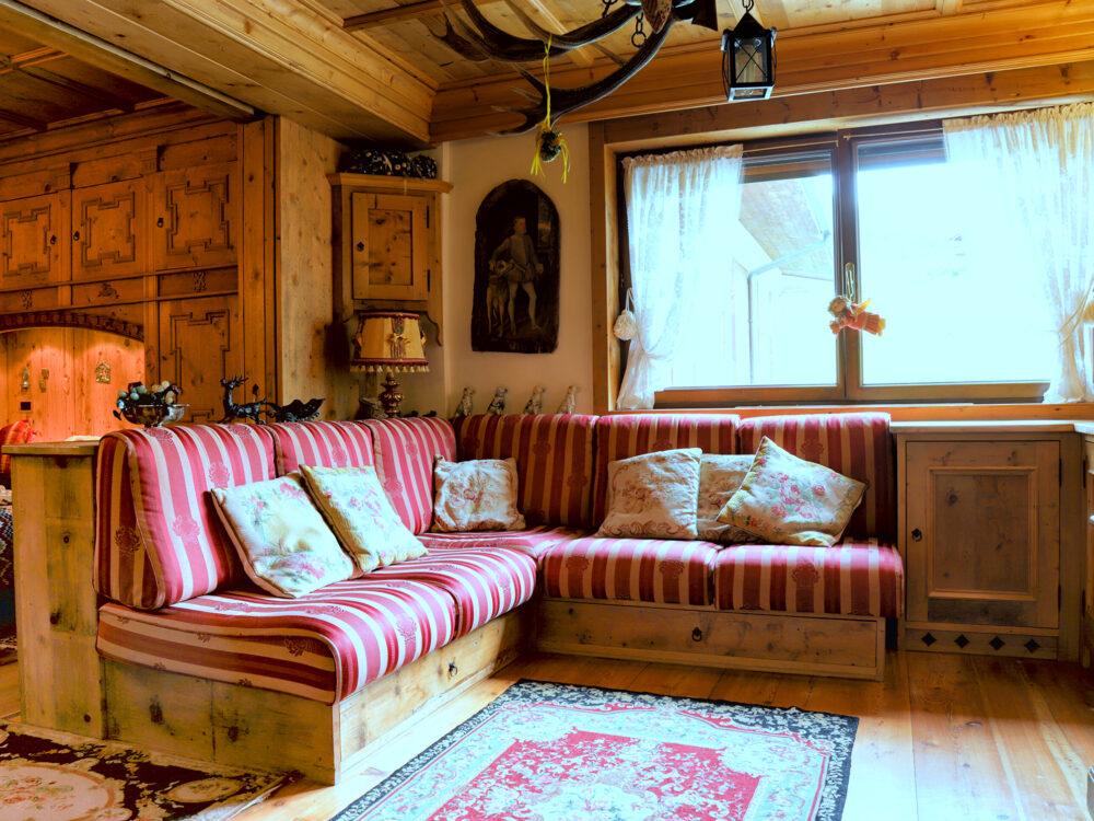 Foto 1 Primo piano di pregio in località Crignes a Cortina d'Ampezzo