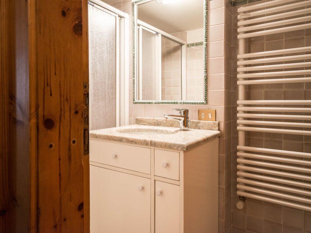 Foto 10 Appartamento con taverna a Cortina d'Ampezzo
