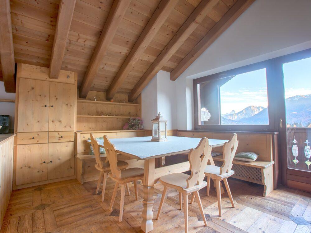 Foto 1 Elegante attico panoramico a San Vito di Cadore