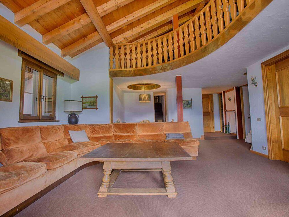 Foto 1 Attico in duplex di 240 mq in località Alverà